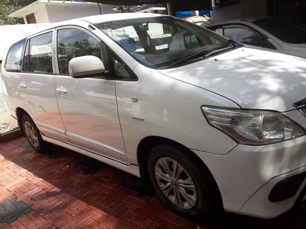 Toyota Innova Front Right Rim