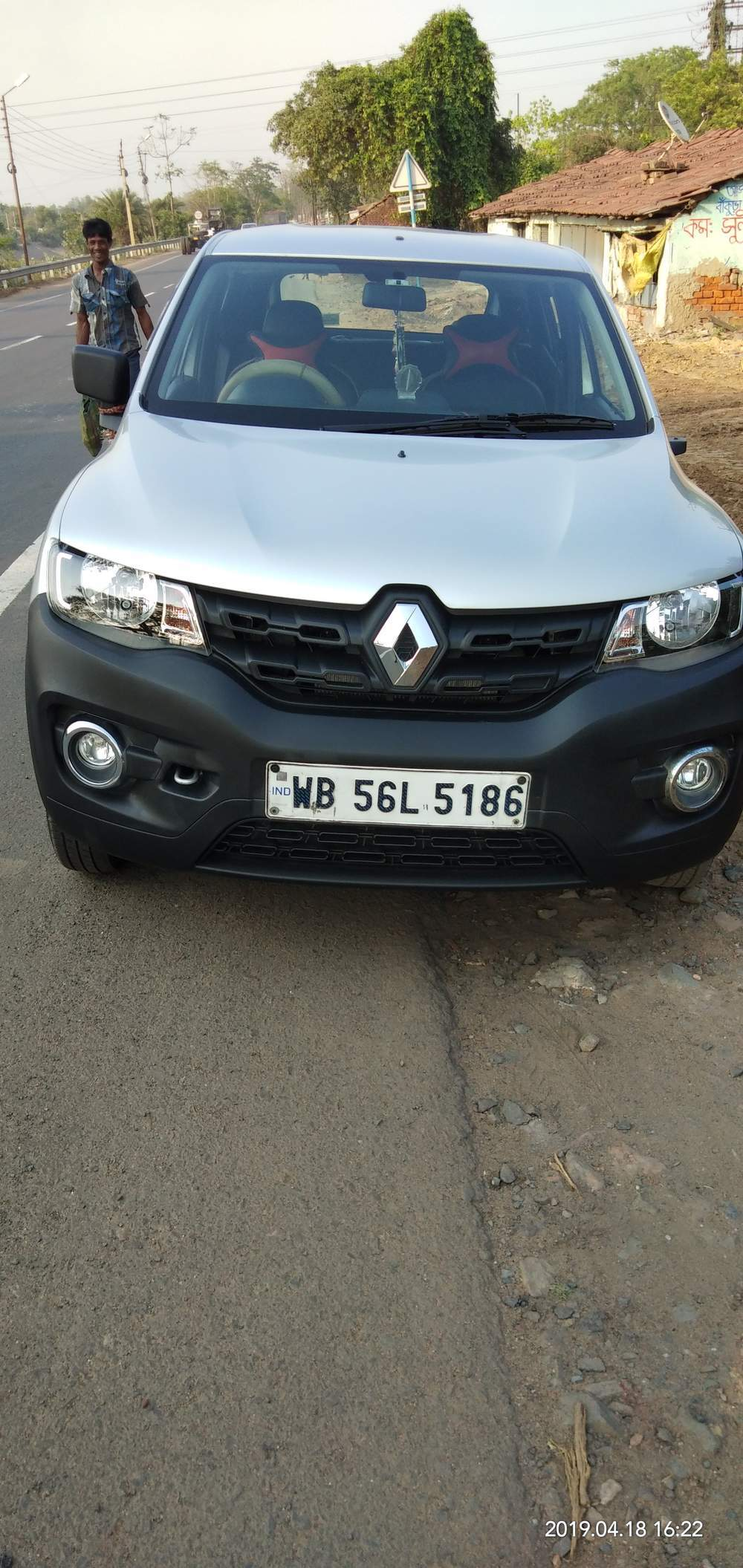 Renault Kwid Left Side View
