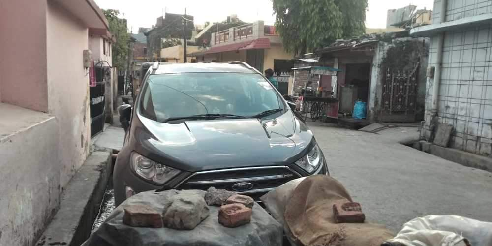 Ford Ecosport Front Right Side Angle View